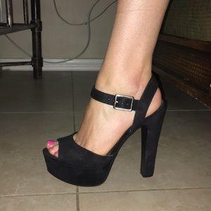Black semi chunky heel